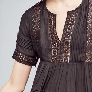 Anthropologie Tops - ANTHROPOLOGIE Maeve Tiered Lace Tunic Blouse Med